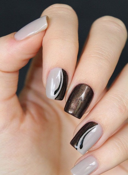 Grey with Black Lines Glitter Nails