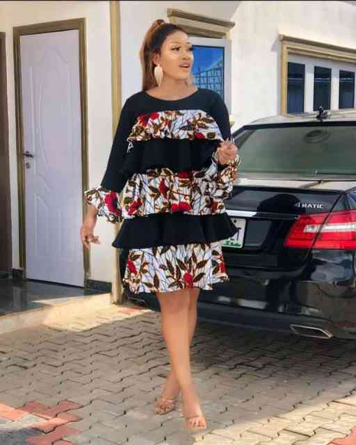 Ankara Gown Styles for Ladies ankara gown styles for ladies - Ankara Gown Styles for Ladies 12 512x640 - 50 Gorgeous Ankara Gown Styles for Ladies – Ankara Styles Pictures [2020 Trends]