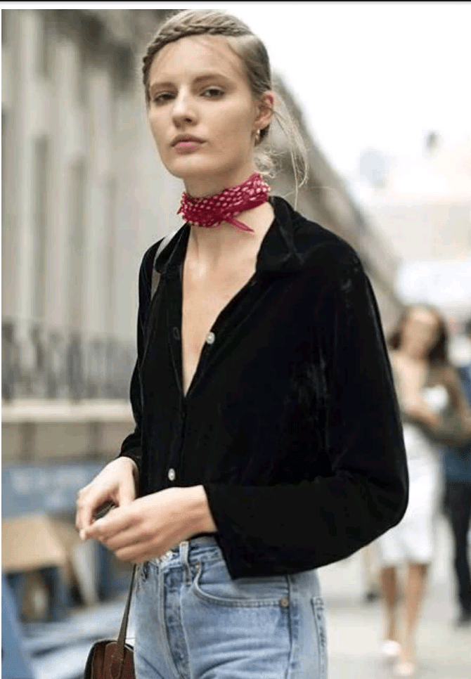 how to style scarf on the neck