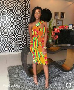 kente styles, kente styles for engagements, kente styles for graduation, kente styles for occassions, kente styles for traditional marriage, nothern kente styles, kente kaba styles, kente dress styles