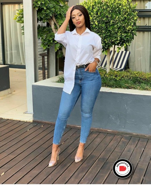 Classy and Casual Work Outfits For Hitting the Office in Style work outfits - Classy and Casual Work Outfits For Hitting the Office in Style 13 519x640 - 45 Classy and Casual Work Outfits For Hitting the Office in Style