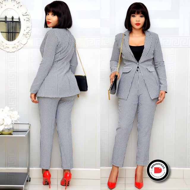 Classy and Casual Work Outfits For Hitting the Office in Style work outfits - Classy and Casual Work Outfits For Hitting the Office in Style 19 640x640 - 45 Classy and Casual Work Outfits For Hitting the Office in Style