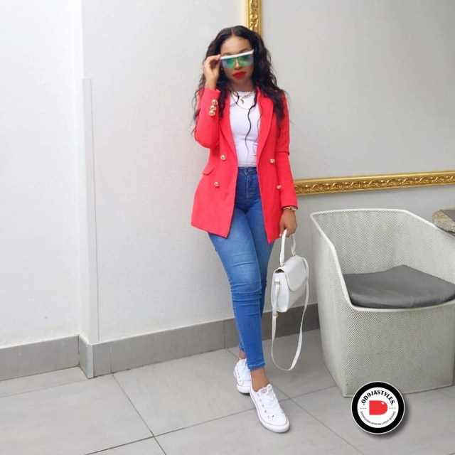 Classy and Casual Work Outfits For Hitting the Office in Style work outfits - Classy and Casual Work Outfits For Hitting the Office in Style 20 640x640 - 45 Classy and Casual Work Outfits For Hitting the Office in Style
