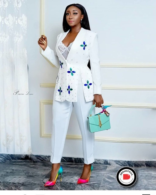 Classy and Casual Work Outfits For Hitting the Office in Style work outfits - Classy and Casual Work Outfits For Hitting the Office in Style 27 512x640 - 45 Classy and Casual Work Outfits For Hitting the Office in Style