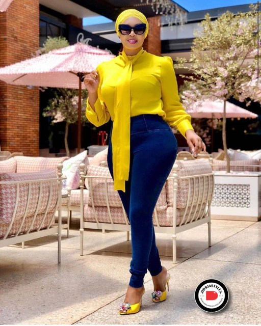 Classy and Casual Work Outfits For Hitting the Office in Style work outfits - Classy and Casual Work Outfits For Hitting the Office in Style 32 512x640 - 45 Classy and Casual Work Outfits For Hitting the Office in Style