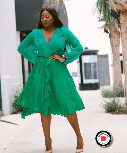 Classy and Casual Work Outfits For Hitting the Office in Style work outfits - Classy and Casual Work Outfits For Hitting the Office in Style 33 531x640 - 45 Classy and Casual Work Outfits For Hitting the Office in Style