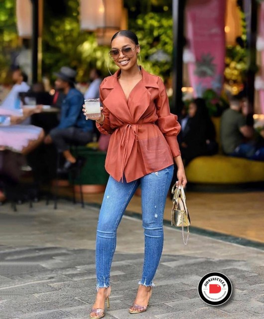 Classy and Casual Work Outfits For Hitting the Office in Style work outfits - Classy and Casual Work Outfits For Hitting the Office in Style 34 530x640 - 45 Classy and Casual Work Outfits For Hitting the Office in Style