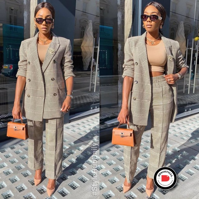 Classy and Casual Work Outfits For Hitting the Office in Style work outfits - Classy and Casual Work Outfits For Hitting the Office in Style 36 640x640 - 45 Classy and Casual Work Outfits For Hitting the Office in Style