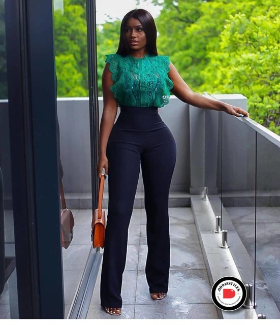 Classy and Casual Work Outfits For Hitting the Office in Style work outfits - Classy and Casual Work Outfits For Hitting the Office in Style 7 551x640 - 45 Classy and Casual Work Outfits For Hitting the Office in Style