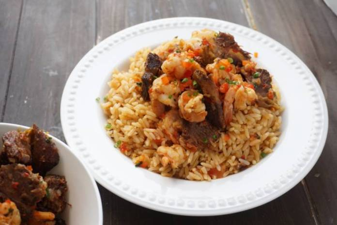 How to prepare a perfect Nigerian coconut rice