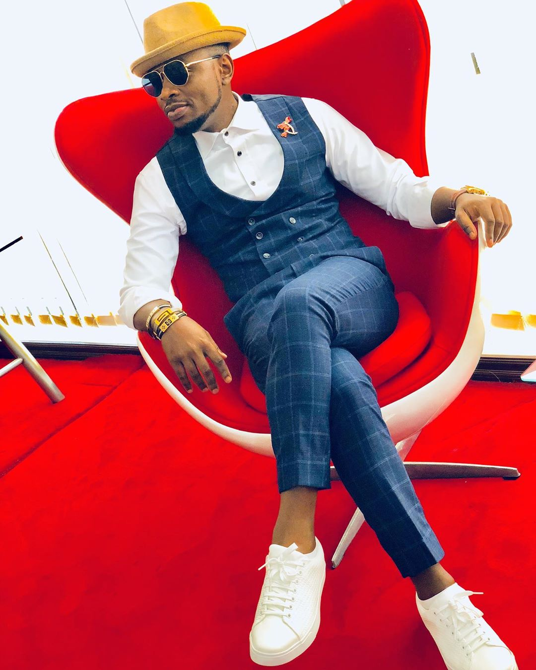 ommy-dimpoz-african-men-male-celebrities-african-best-dresses-hottest-most-fashionable-stylish-style-rave-2020
