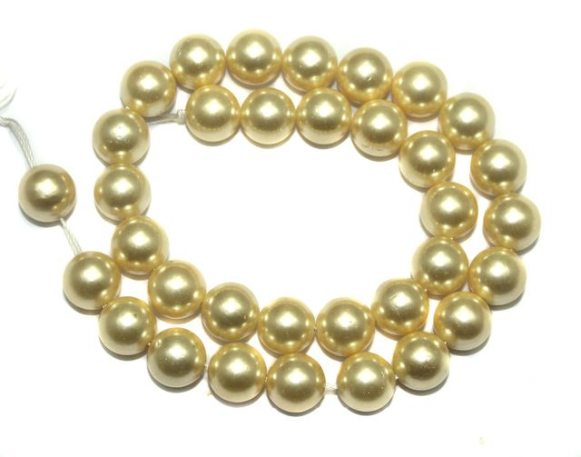gold pearl beads - Nigerian Beads to Spice Up Your Native Wears