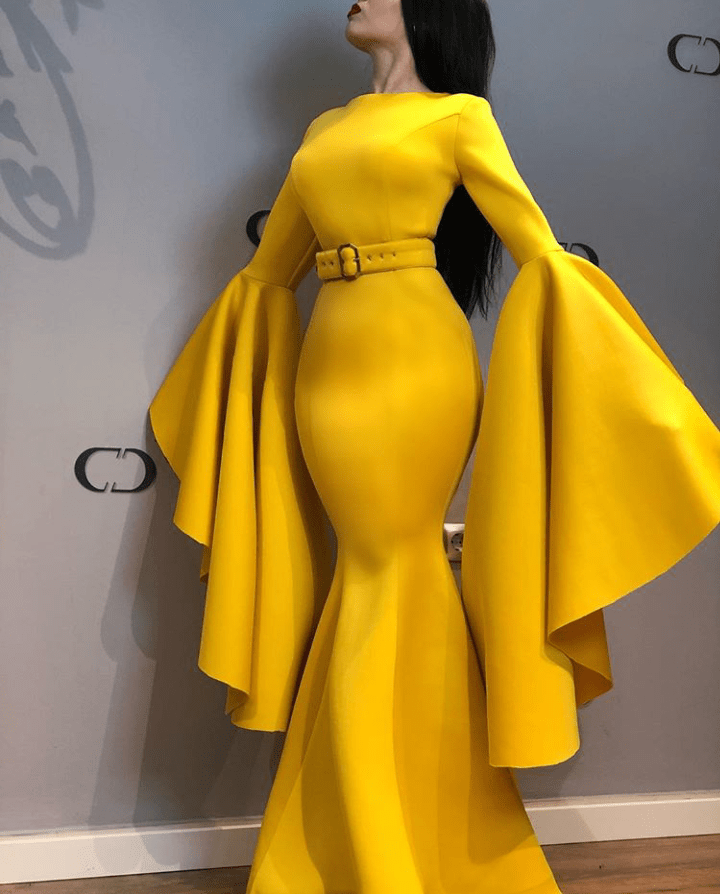 Yellow dress with trumpet sleeves