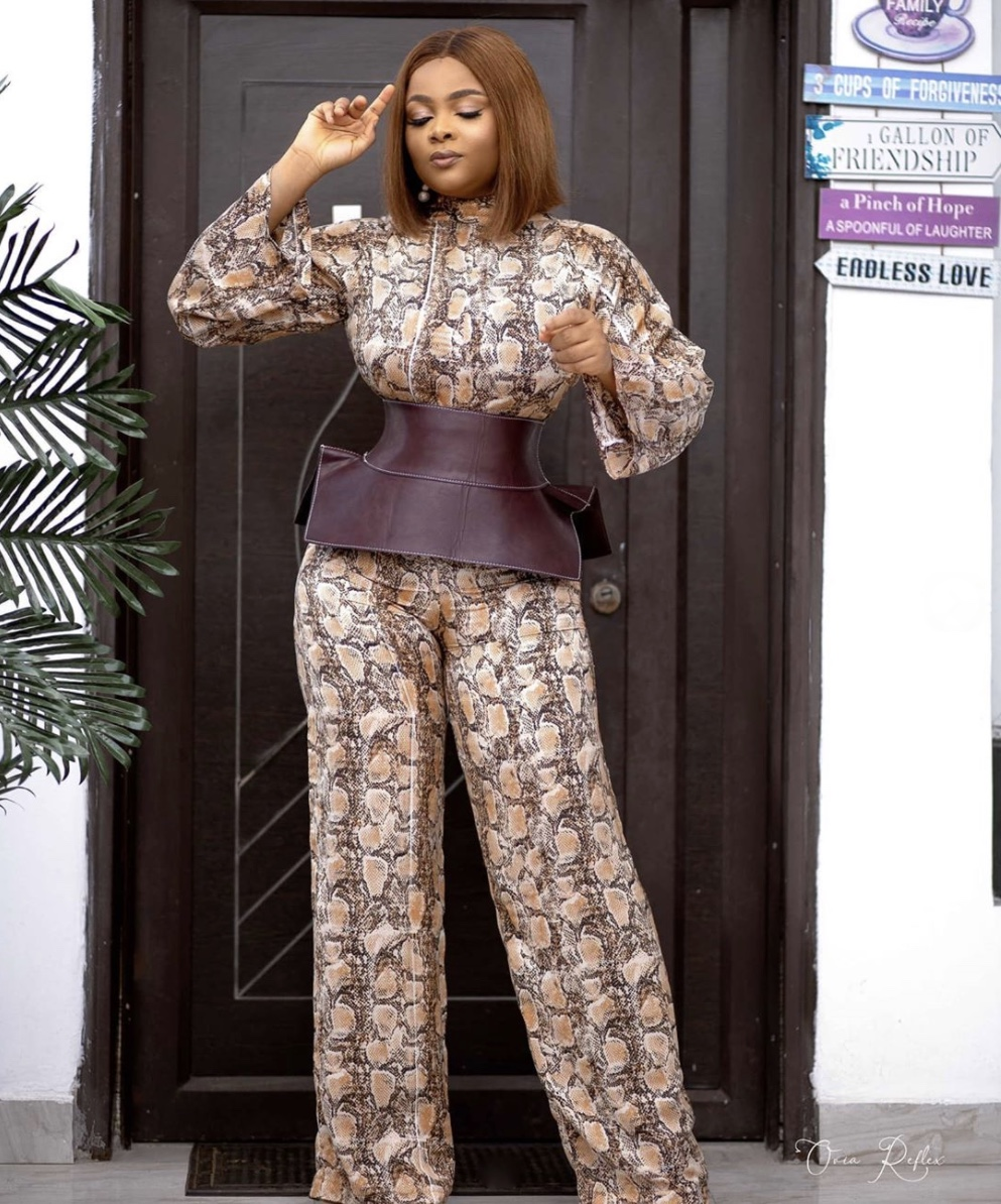 snakeskin jumpsuit how to style an obi belt stylerave