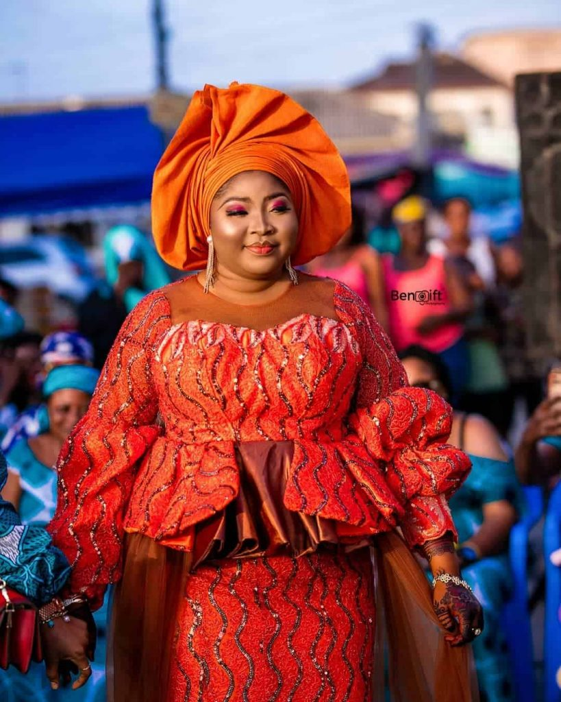 17 PICTURES Unique Ankara Styles For Wedding - Asoebi Fashion Styles For Church