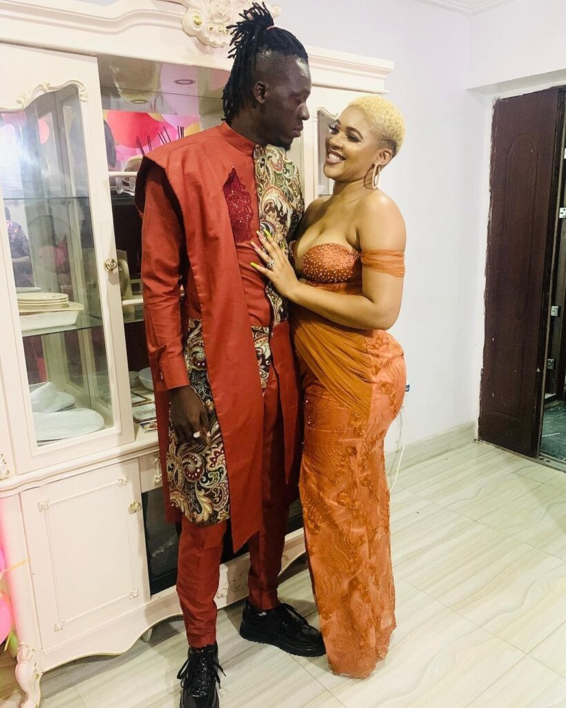 Comedian Akpororo and wife celebrates 5th wedding Anniversary(Photos)
