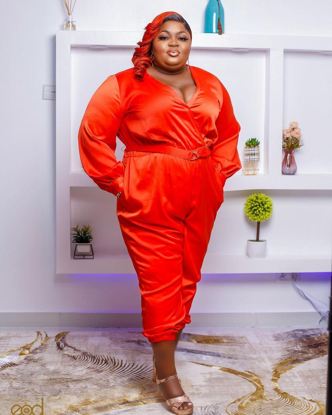 """""""Looking like LAWMA staff"""" - Eniola Badmus dragged over outfit to Headies"""