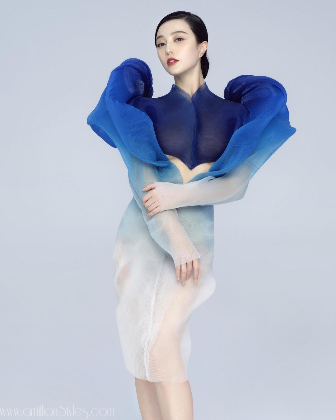Fan Bingbing Brings This Iris Van Herpen Liquescent Motion To Life