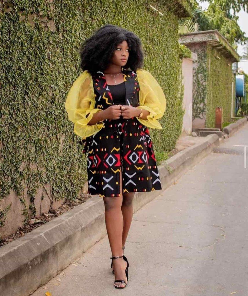 PHOTOS  Beauteous Ankara Styles For Ladies - Radiant African Fashion Designers 2021