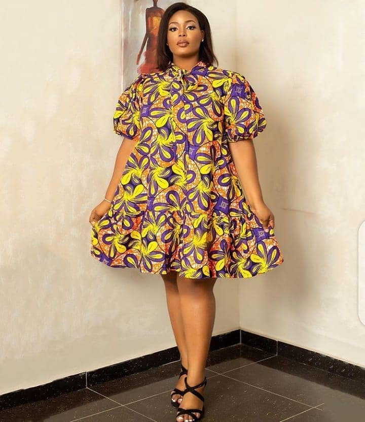 PHOTOS Exquisite Ankara Styles For Ladies - Magnificent & Charming African Fashion Styles 2021