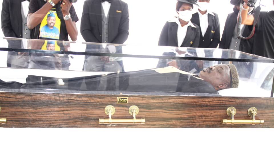 Photos from the Lying-in-State of Afenifere spokesperson, Yinka Odumakin