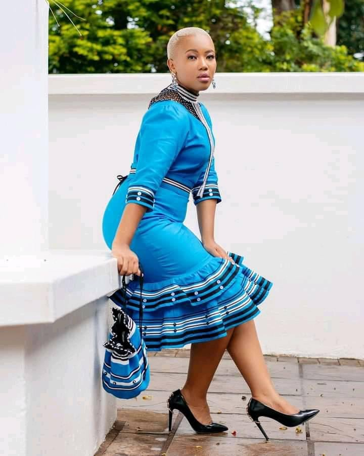 PHOTOS Lovely-Looking Ankara Styles For Ladies - Celebrities African Fashion
