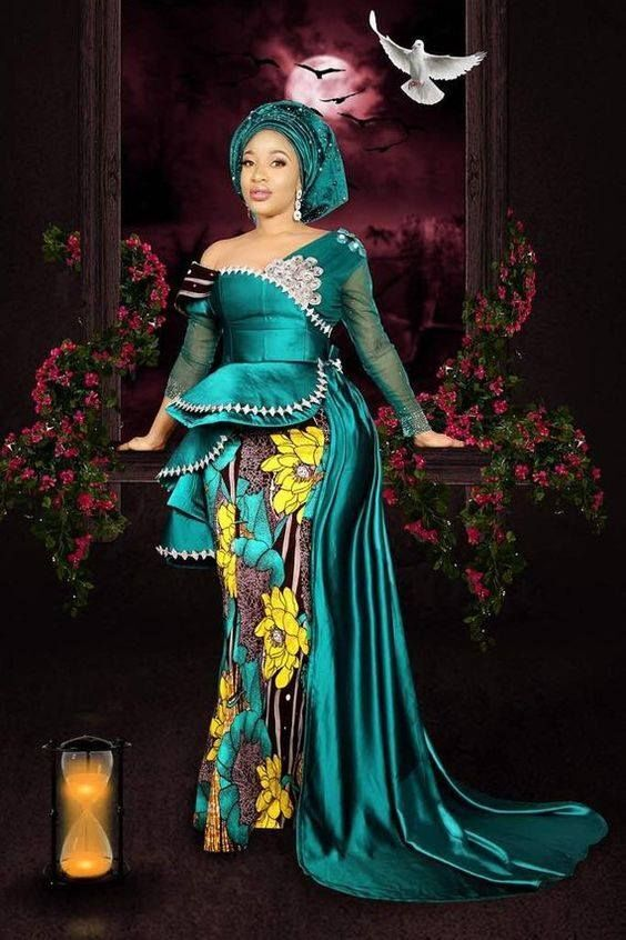 Lovely Women Fashion Blueprint With Artistic Outline Designs.
