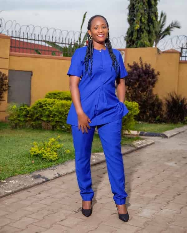 Senator Lady's Cloth  Nice African Dress  Superb Outfits Styles.